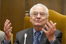 Tribute to Shlomo Venezia a judeo-spanish Auschwitz survivor